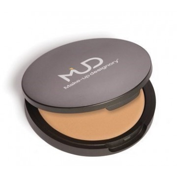 Base de Maquillaje Cream Foundation WB4 MUD